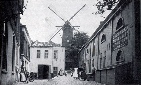 Pakhuis op de Punt in het gebouw van de volmolen (open deur)