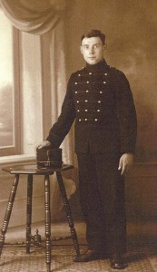 J.E. Kolster in uniform KNIL (collectie mevr. Bax-Kolster)